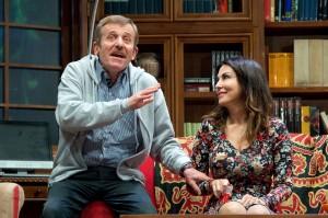Maurizio Micheli e Sabrina Ferilli in una scena di «Signori... le paté de la maison!»