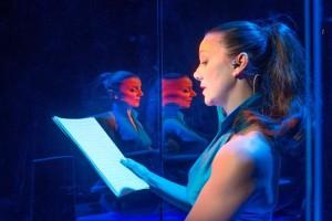 Gaia Aprea in una scena de «L'amorosa inchiesta»