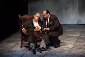 Eros Pagni e Federico Vanni in una scena de «Il sindaco del Rione Sanità»