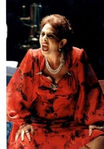 Isa Danieli nel ruolo della Amalia di «Napoli milionaria!»