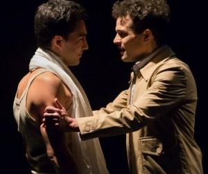 Da sinistra, Davide Paciolla e Michele Costabile in una scena di «Ragazzo di Trastevere»