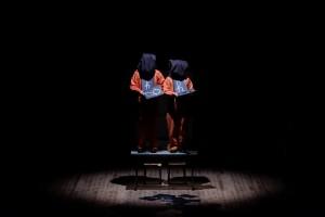 I fratelli Dalla Via in «Drammatica elementare» (foto di L. P.)