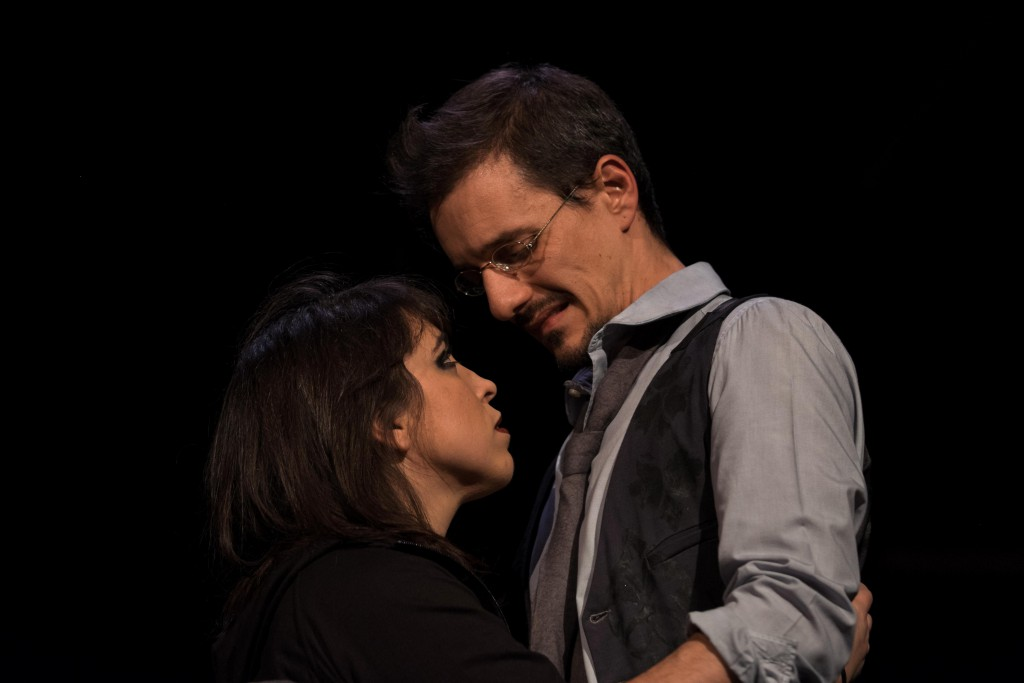 Francesca Gemma e Umberto Terruso in una scena di «Vania» (foto di Matteo Gilli)