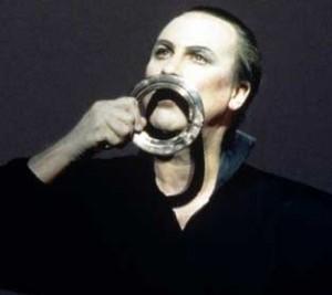 Robert Wilson in «Hamlet: a monologue»