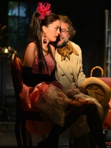 Ilaria Falini (la Babàkina) e Nicola Pannelli (il conte Sabel'skij)