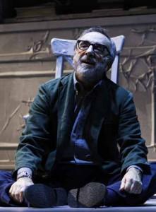Silvio Orlando in «Lacci»