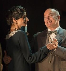 Altea Russo (Fräulein Schneider) e Michele Renzullo (Herr Schultz)