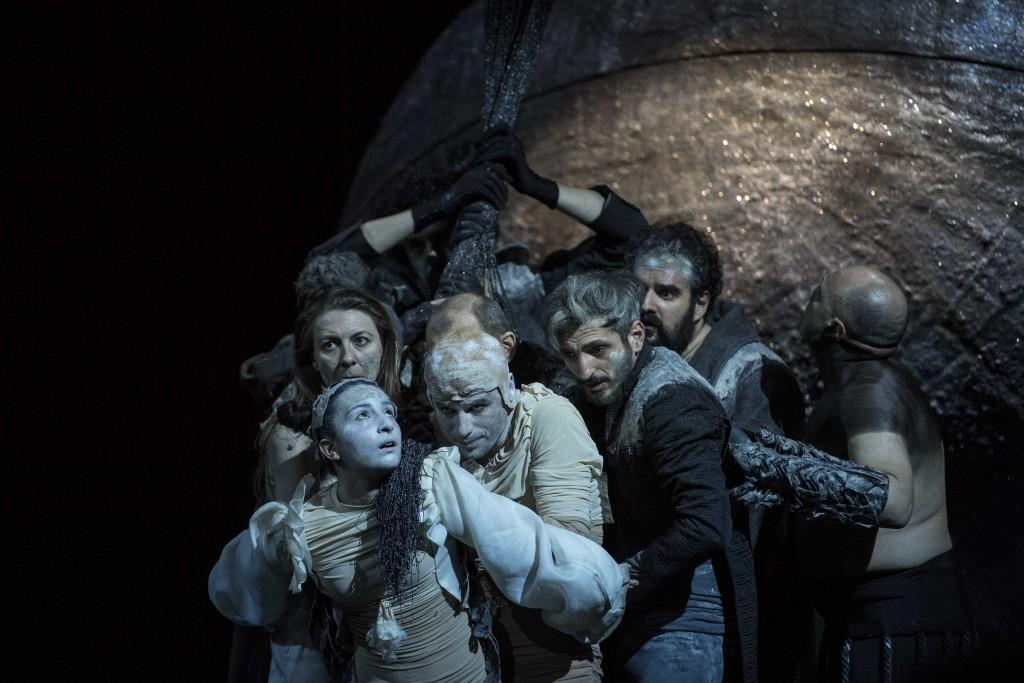 Un'altra scena de «La cupa», sempre ritratta da Marco Ghidelli