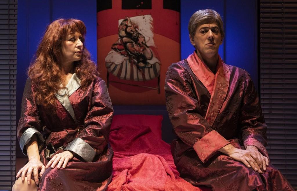 Monica Bauco e Riccardo Naldini in un momento di «Tre rotture», in scena al Teatro di Rifredi ( le foto che illustrano questo articolo sono di Francesco Niccolai)